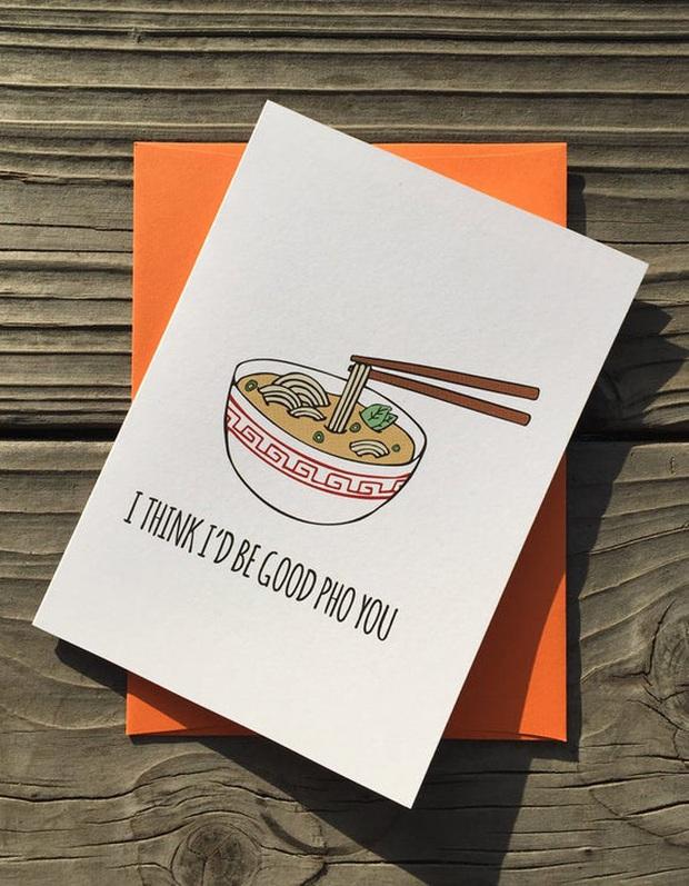 """Những biển hiệu """"biến hoá khôn lường"""" của các nhà hàng phở nước ngoài: Thế mới thấy phở Việt Nam được ưa chuộng trên thế giới như nào! - Ảnh 15."""