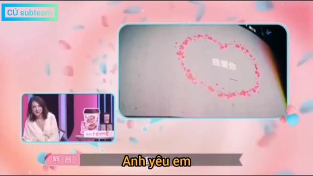 Cứ ngỡ gặp được bạch mã hoàng tử, cô gái tá hỏa khi thấy bạn trai thật sự xuất hiện trên show tỏ tình - Ảnh 1.