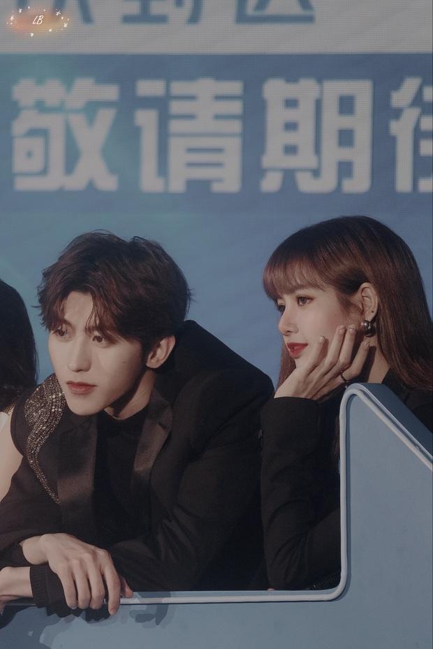 Couple được ship mạnh nhất Weibo: KunSa Thái Từ Khôn - Lisa đẹp đôi đến lạ, ánh mắt đến cử chỉ đều ngọt muốn xỉu - Ảnh 8.