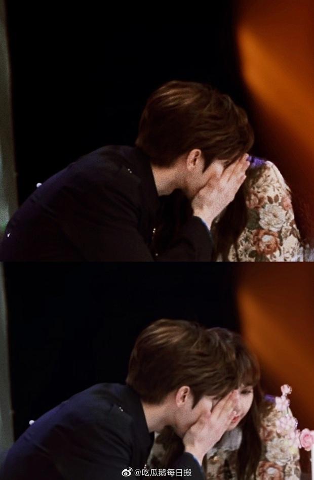 Couple được ship mạnh nhất Weibo: KunSa Thái Từ Khôn - Lisa đẹp đôi đến lạ, ánh mắt đến cử chỉ đều ngọt muốn xỉu - Ảnh 18.