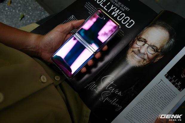 Galaxy Z Flip: Đàn ông sẽ thấy chiếc smartphone này hay ở chỗ nào? - Ảnh 13.