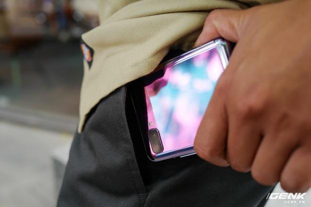 Galaxy Z Flip: Đàn ông sẽ thấy chiếc smartphone này hay ở chỗ nào? - Ảnh 7.