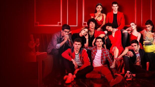 5 cảnh nóng cực sốc của series học đường Elite: Cứ khi nào trai đẹp ngồi cạnh nhau là có chuyện, phim gì ngộ? - Ảnh 1.