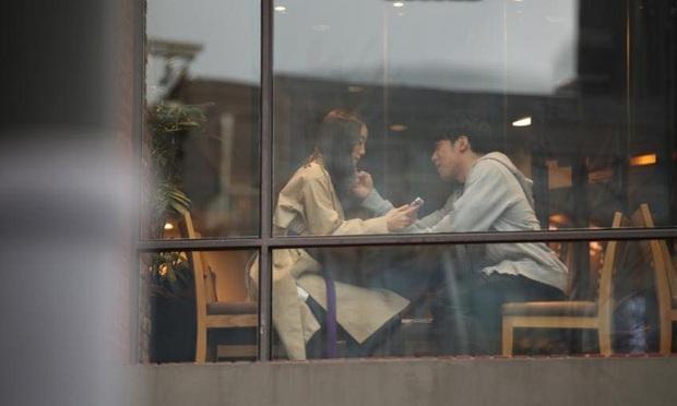Chưa kịp công bố danh tính bạn trai bí ẩn, cựu thành viên Wonder Girls đã bị tung loạt ảnh hẹn hò vô cùng tình cảm - Ảnh 6.