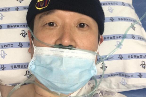 Giáo sư Hàn Quốc sau lần nguy kịch vì nhiễm virus corona: Tôi đã quá ngây thơ và tự tin khi cho rằng dịch bệnh không phải vấn đề của mình - Ảnh 1.