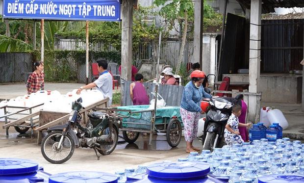Phi Nhung quyên góp 100 triệu, Việt Hương gây chú ý với loạt động thái hỗ trợ miền Tây chống hạn, mặn và dịch Covid-19 - Ảnh 3.