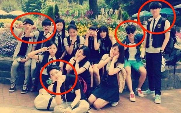 Ai ngờ các idol này lại là bạn học cùng lớp: Suzy - Hyeri, Jaehyun - Chaeyeon chưa đỉnh bằng lớp toàn mỹ nam Kpop - Ảnh 15.