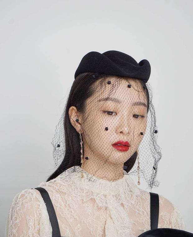 """Chơi khuyên tai dài thòng kén mặt, Kim Da Mi vẫn """"cân"""" được hết nhưng có một lần bị cộng tuổi thấy thương - Ảnh 4."""