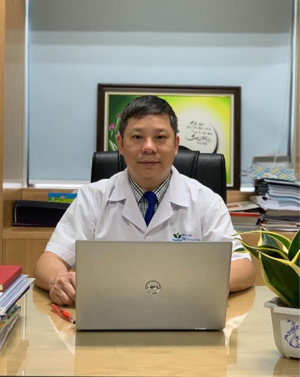 Giữa tâm dịch Covid-19 bác sĩ đưa ra 3 kịch bản cho du học sinh vùng dịch - Ảnh 2.