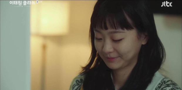 Vòng cổ trăm triệu của Jo Yi Seo được chủ tịch tặng ở Tầng Lớp Itaewon là đồ xài lại của thư kí Kim Park Min Young? - Ảnh 8.