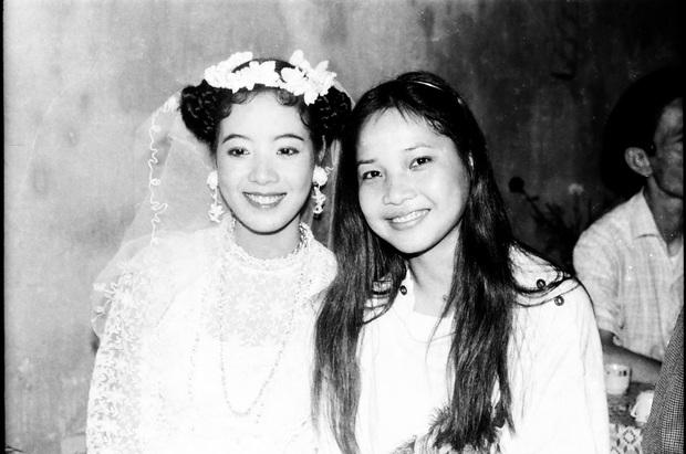 Nghệ sĩ Chiều Xuân đăng ảnh kỉ niệm 33 năm cưới, nhan sắc chuẩn đại mỹ nhân Vbiz khiến bố mẹ chúng ta xuýt xoa một thời - Ảnh 3.