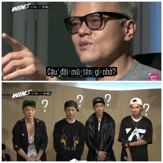 Đố bạn trả lời được câu hỏi của JYP khi xem bức hình này: Cậu bạn đội mũ tên gì ấy nhở? - Ảnh 1.