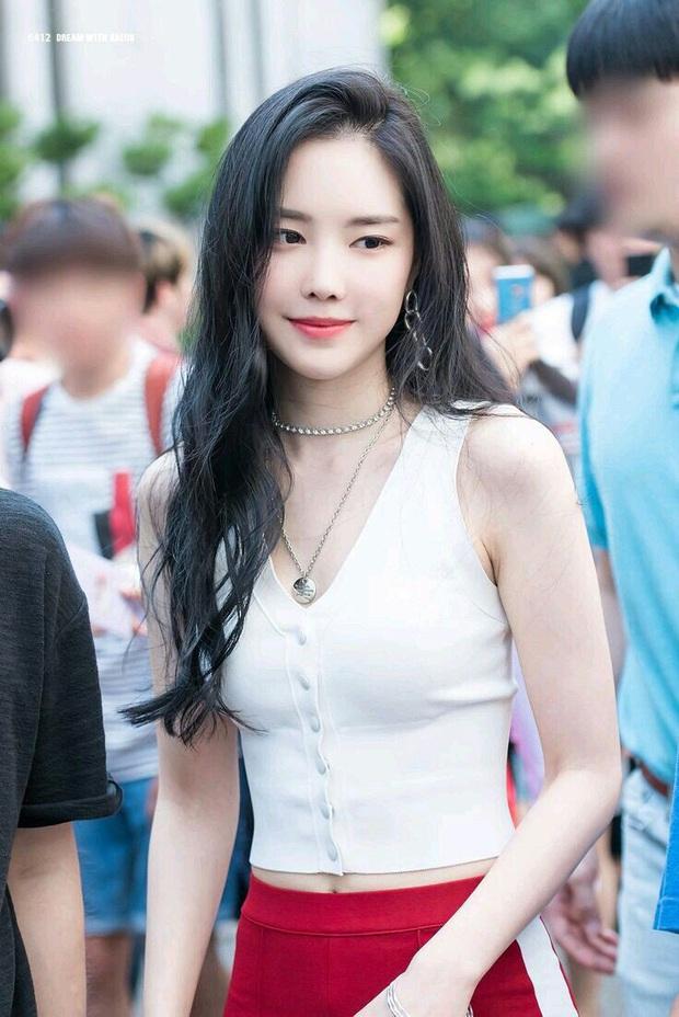 Dân tình rần rần bằng chứng Taemin và Naeun hẹn hò: Từ mẫu hình của đằng trai đến loạt đấu hiệu từ 7 năm trước - Ảnh 3.