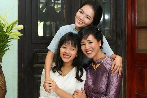 Nghệ sĩ Chiều Xuân đăng ảnh kỉ niệm 33 năm cưới, nhan sắc chuẩn đại mỹ nhân Vbiz khiến bố mẹ chúng ta xuýt xoa một thời - Ảnh 5.
