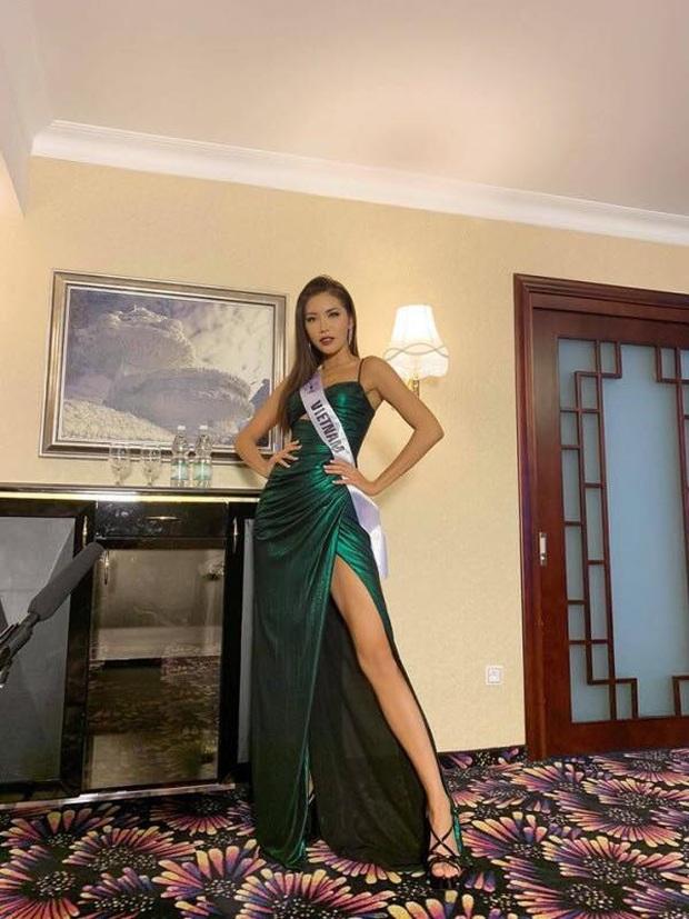 Chuyện mỹ nhân Vbiz nhường đối thủ váy áo: Hoài Sa được khen hết lời, H'Hen Niê phải xin lỗi Hoa hậu Hàn vì lý do đặc biệt - Ảnh 6.