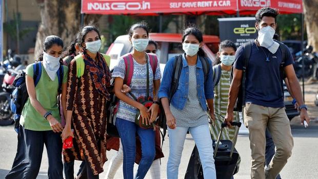 Ấn Độ xếp COVID-19 là thảm họa ngang hàng động đất, sóng thần - Ảnh 1.