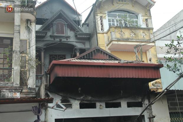 Nhân chứng kể lại giây phút kinh hoàng khi ngôi nhà bốc cháy khiến 3 người tử vong: Trong nhà chẳng ai kêu cứu được câu nào - Ảnh 4.