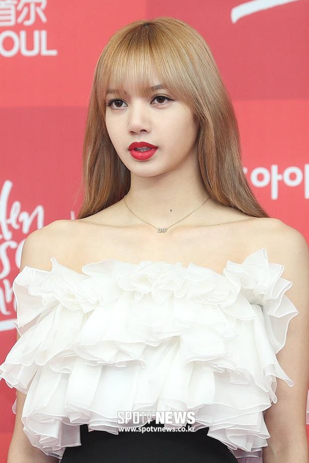 3 nữ Idol Kpop được mời làm cố vấn Produce bản Trung: Xinh đẹp, tài năng nhưng tại sao chỉ Lisa mới gây sốt? - Ảnh 2.
