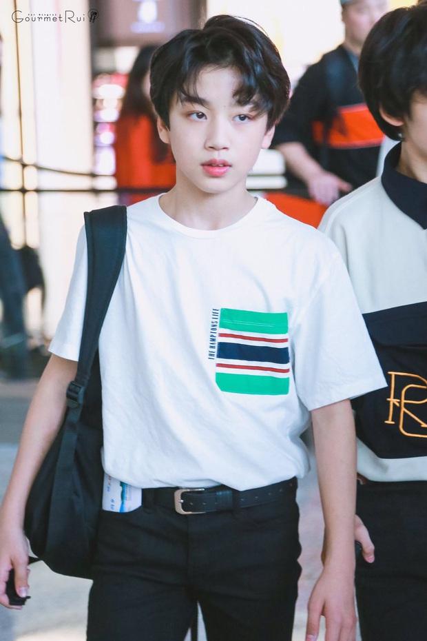 """Hội idol """"nhi đồng"""" trong các nhóm nhạc: Center của IZ*ONE debut năm 14 tuổi vẫn chưa gây sốc bằng thành viên sinh năm 2007 của boygroup nhà JYP - Ảnh 22."""