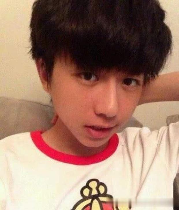 Nam thần được fan Trung, Hàn, Việt tích cực đẩy thuyền với em út Lisa (BLACKPINK) là ai: Nhìn profile đúng là không vừa! - Ảnh 4.