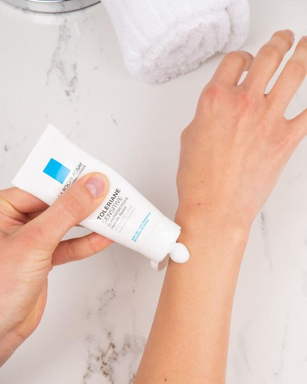Phù phép làn da đẹp lên trông thấy, chẳng trách các BTV thử bao nhiêu món skincare cũng quay về với 6 sản phẩm sau - Ảnh 3.