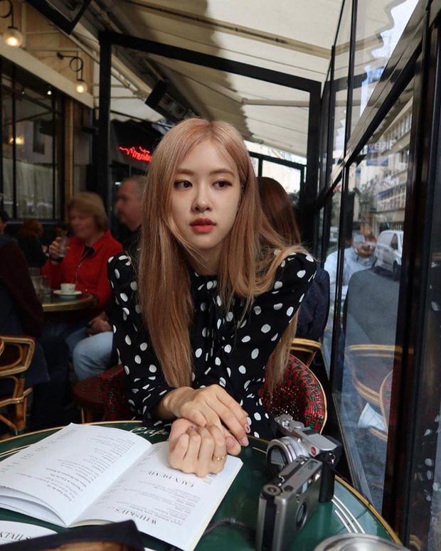 """Fan Việt truyền tay nhau bộ ảnh """"đi ăn tối nay cùng Rosé (BLACKPINK)"""" khắp Facebook: Cô bạn gái mà ai cũng muốn ở bên là đây! - Ảnh 4."""