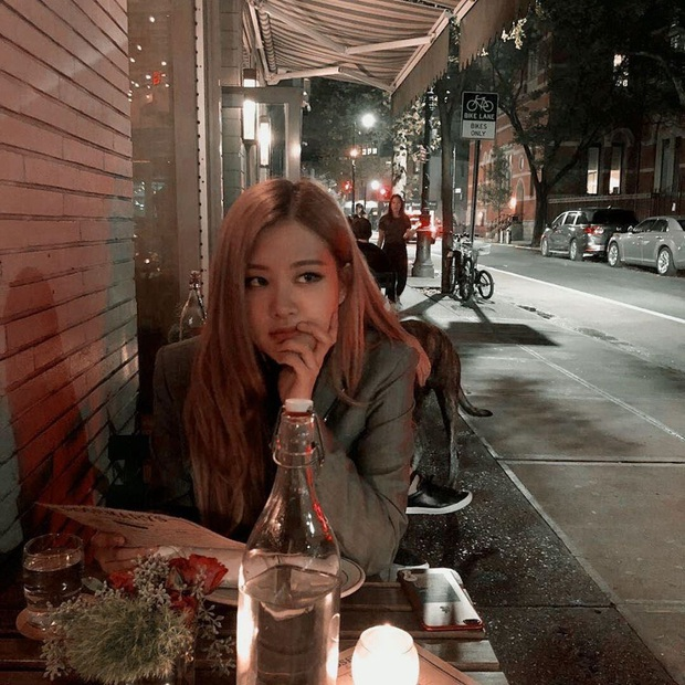 """Fan Việt truyền tay nhau bộ ảnh """"đi ăn tối nay cùng Rosé (BLACKPINK)"""" khắp Facebook: Cô bạn gái mà ai cũng muốn ở bên là đây! - Ảnh 5."""