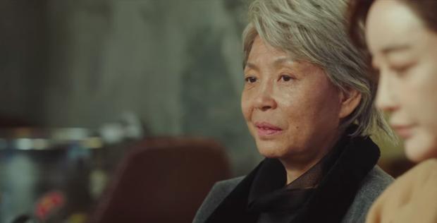 """Qua rồi thời Mary Sue phải là thánh nữ, Park Sae Ro Yi của Tầng Lớp Itaewon xứng danh """"Mary Sue thế hệ mới"""" - Ảnh 6."""