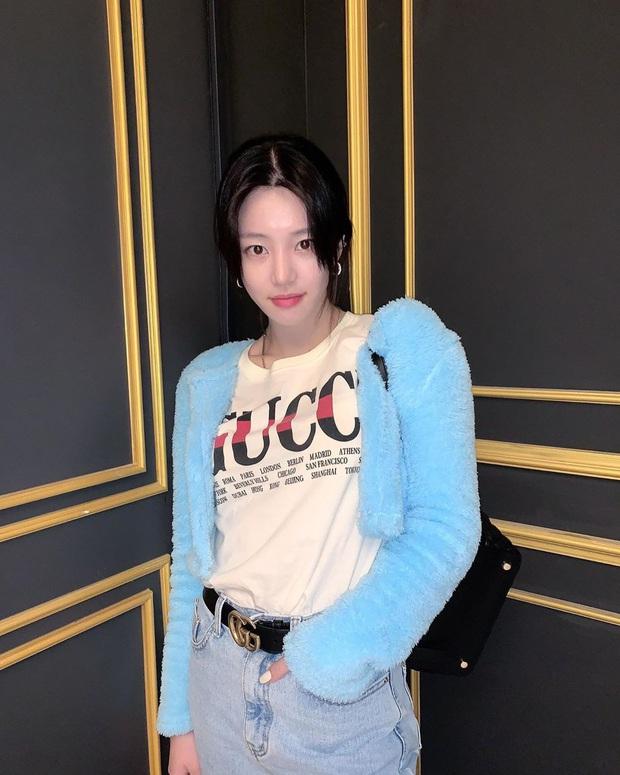 Mới sáng ra con gái Mama Chuê đã lên top Naver và hàng loạt đầu báo xứ Hàn, nhan sắc thế nào mà được chú ý đến vậy? - Ảnh 9.