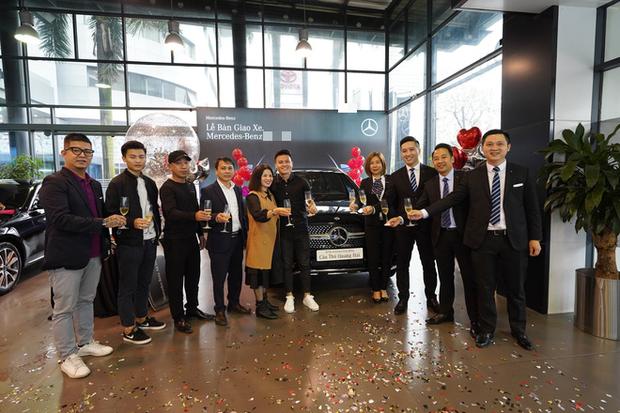 Quang Hải lại khiến thiên hạ trầm trồ: Mới mua nhà xong, giờ lại tậu xe sang tiền tỷ - Ảnh 3.