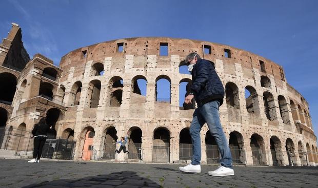 Dịch COVID-19: Anh ghi nhận ca tử vong thứ 53, Italy vượt quá 2.150  - Ảnh 3.