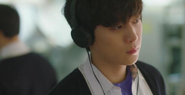 """Phũ """"hotboy"""" theo đuổi 10 năm, Park Min Young lên đồ lồng lộn tỏ tình """"trai quê"""" Seo Kang Joon ở tập 6 Trời Đẹp Em Sẽ Đến - Ảnh 1."""