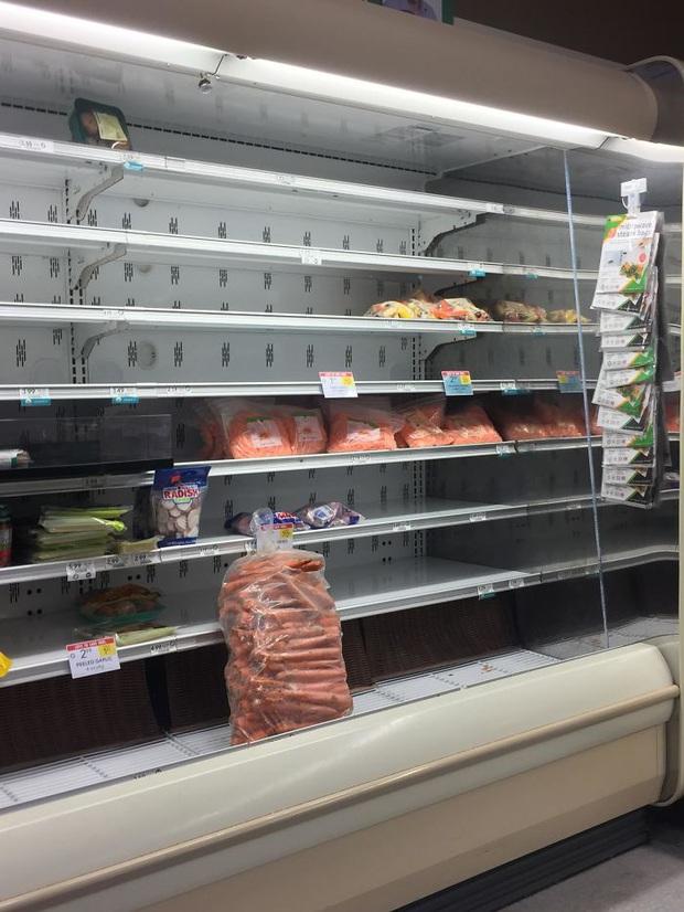 Điểm danh những sản phẩm bị hắt hủi tại loạt siêu thị ở Mỹ, châu Âu mùa dịch bệnh Covid-19 - Ảnh 10.