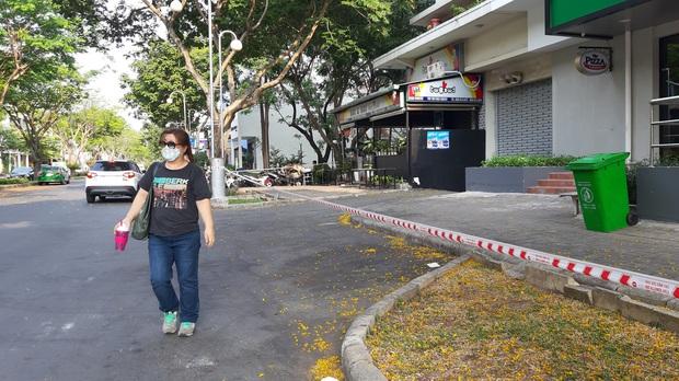 TP.HCM: Phong tỏa, cách ly toàn bộ chung cư cao cấp ở Phú Mỹ Hưng sau ca nhiễm Covid-19 số 66 - Ảnh 7.