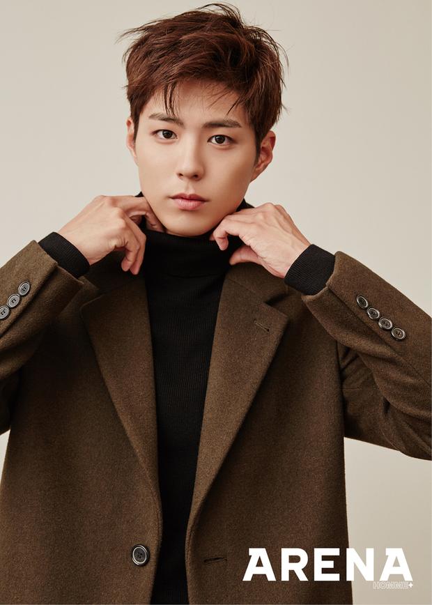 10 minh tinh có ảnh tốt nghiệp hot nhất Kbiz: Kiểu đầu Kim Tae Hee gây sốc, Song Joong Ki - Won Bin chưa xuất sắc bằng đàn em? - Ảnh 8.