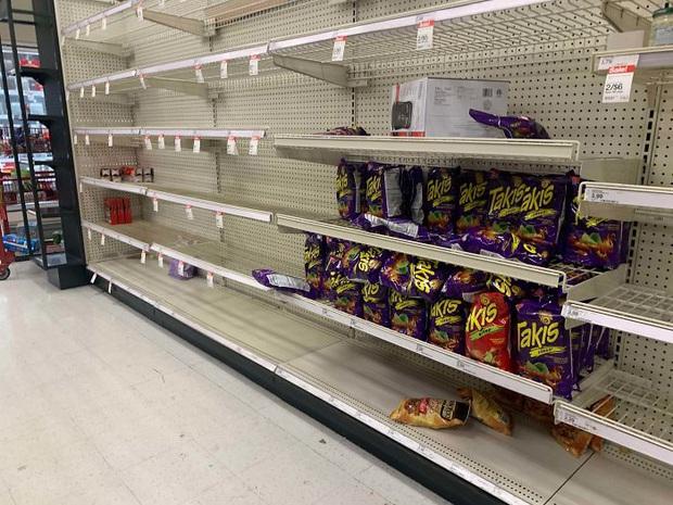 Điểm danh những sản phẩm bị hắt hủi tại loạt siêu thị ở Mỹ, châu Âu mùa dịch bệnh Covid-19 - Ảnh 7.