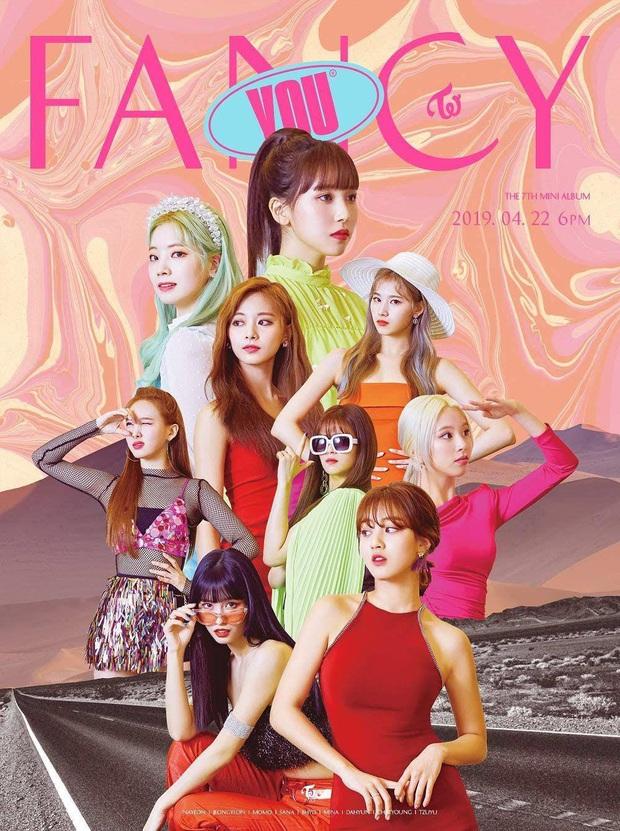 Album Kpop bán chạy nhất tháng 2: IZ*ONE dẫn đầu mảng nữ chỉ thua BTS, album cũ bị chê thảm họa của TWICE bỗng góp mặt nhưng album mới thì mất hút? - Ảnh 4.