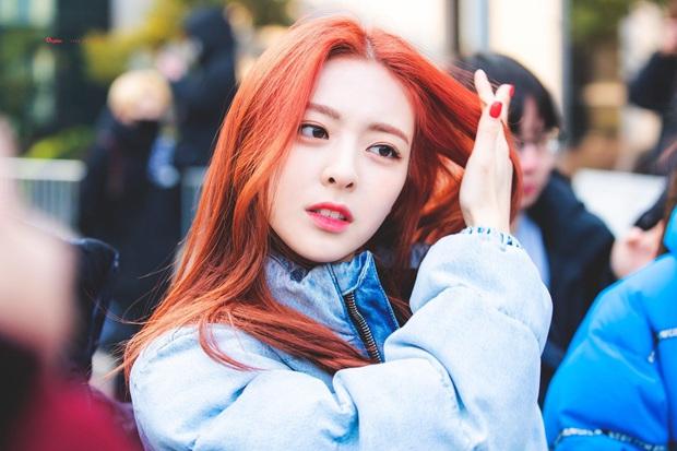 Mỹ nhân 17 tuổi ITZY gây bão xứ Hàn với mái tóc mới: Quả nhiên là visual nữ thần mới của JYP, hậu duệ của Suzy! - Ảnh 7.