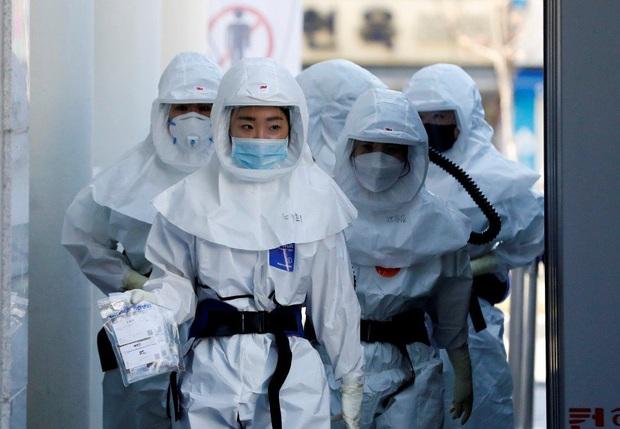 Kế hoạch xét nghiệm Covid-19 quy mô và nghiêm ngặt nhất thế giới ở Hàn Quốc: Cứ 200 công dân thì có 1 người được kiểm tra! - Ảnh 5.