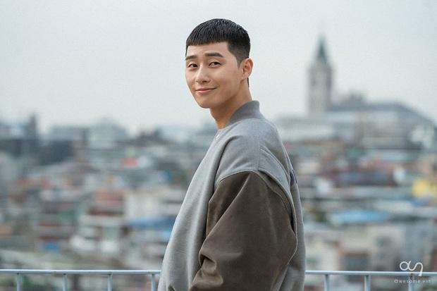 Park Seo Joon chuẩn ngoài đẹp trai, trong nhiều tiền: Tậu villa trăm tỷ ở khu nhà giàu, vợ chồng Kim Tae Hee là hàng xóm - Ảnh 8.