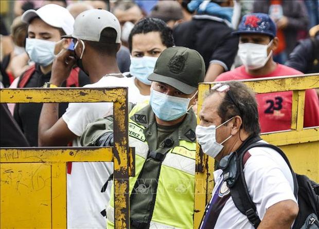 Nhiều nước Nam Mỹ ban bố tình trạng khẩn cấp do dịch COVID-19  - Ảnh 1.