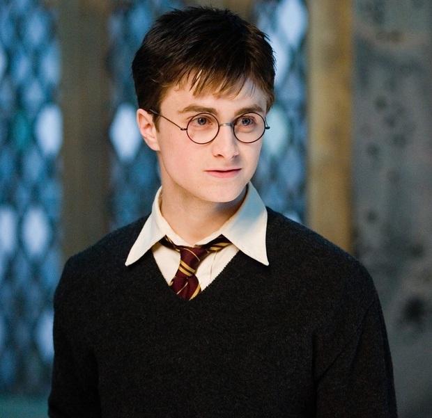 Daniel Radcliffe đổ lỗi vì Harry Potter quá hot biến anh thành kẻ nghiện rượu, đóng bao nhiêu phim cũng mãi vô danh - Ảnh 4.