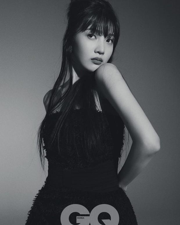 Xuất hiện mỹ nhân nhà SM đọ được với BLACKPINK về độ sang chảnh, nhìn bộ ảnh mới của mỹ nhân Red Velvet là đủ hiểu - Ảnh 5.