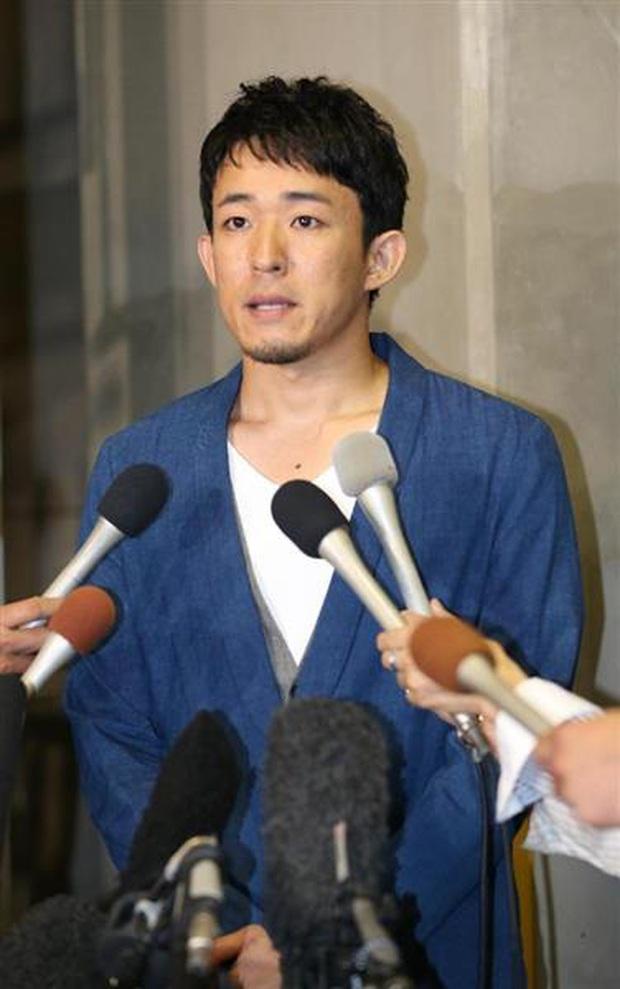 4 vụ ngoại tình rúng động showbiz Nhật Bản: Người tòm tem với vợ bạn, kẻ khiến chồng uất ức tự sát - Ảnh 23.