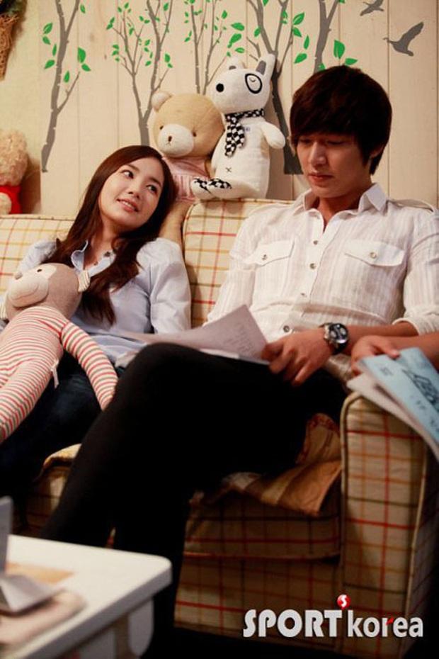 4 nam thần sát gái khét tiếng Kbiz: 2 cô bé tiểu học đánh nhau vì Lee Min Ho, Hyun Bin - GD có cả list bạn gái quyền lực - Ảnh 25.
