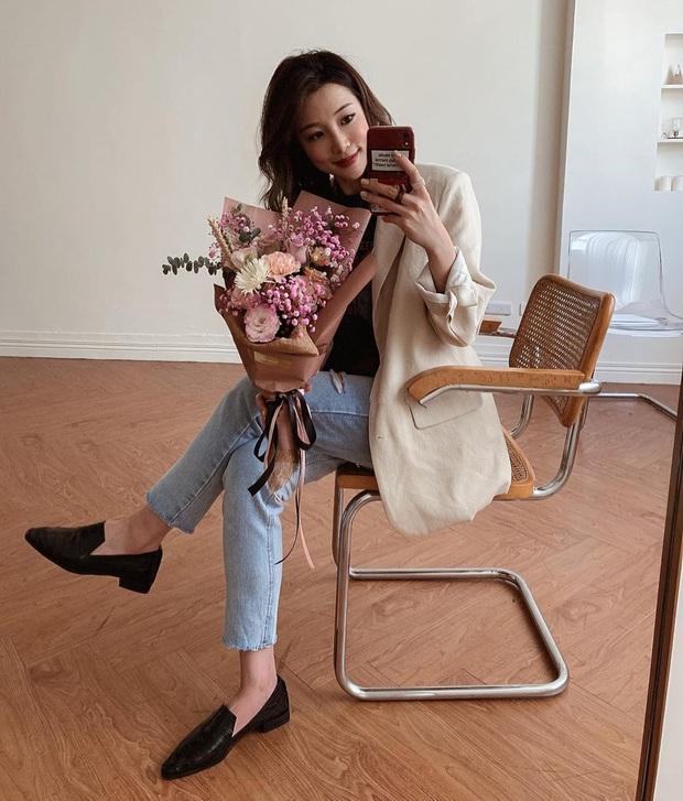 Nhờ Kwon Nara chăm đi giày bệt trong Itaewon Class, chị em sẽ nhận ra những mẫu giày công sở tuyệt xinh mà chẳng sợ đau chân - Ảnh 3.