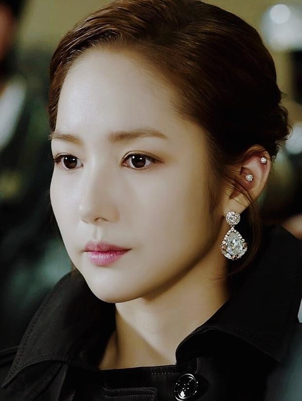 Loạt chị đại Kbiz không ngại đu mốt xỏ nhiều khuyên, ngạc nhiên nhất là hai ngọc nữ Song Hye Kyo và Son Ye Jin - Ảnh 7.