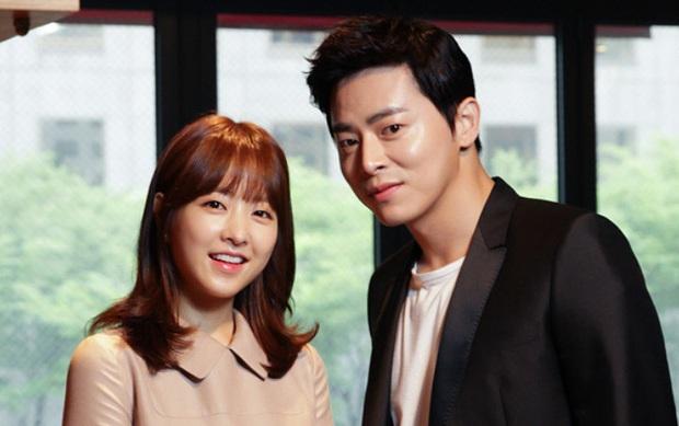 4 ma nữ xinh như mộng của màn ảnh Hàn: Bá đạo nhất vẫn là mẹ ma Kim Tae Hee - Ảnh 7.