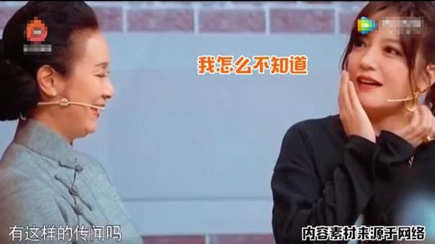 Triệu Vy lên tiếng về tin đồn bằng mặt nhưng không bằng lòng với Lâm Tâm Như - Ảnh 2.