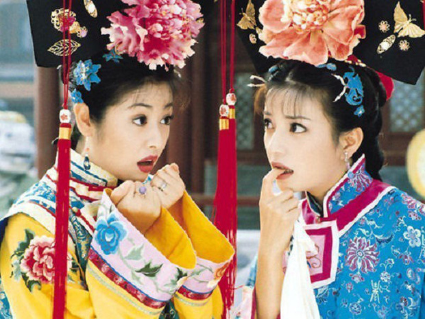 Triệu Vy lên tiếng về tin đồn bằng mặt nhưng không bằng lòng với Lâm Tâm Như - Ảnh 1.